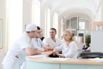 Специалисты клиники урологии